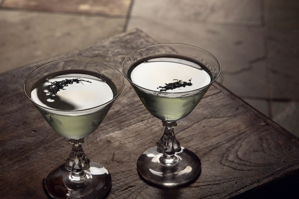 Episode: East India Gimlet